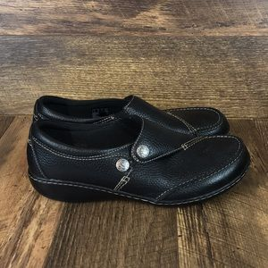 Clarks Collection Slip On Button Clog Womens Sz 10